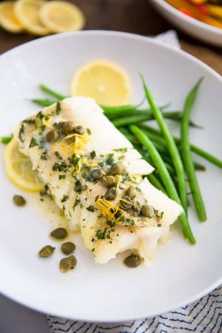 Macro Meal: Lemon Caper Cod | Served with Brown rice and Green Beans