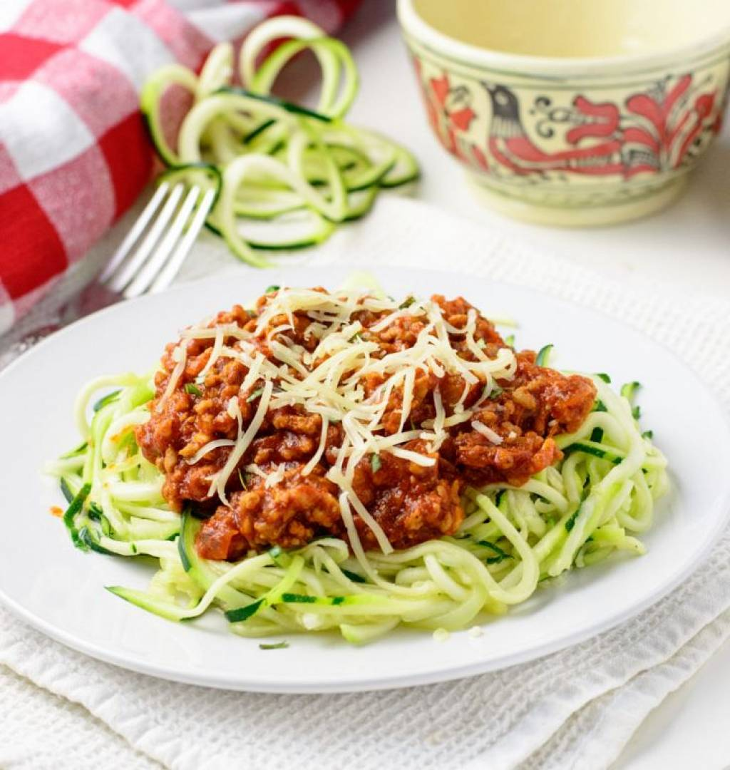 Beef Bolognese | Served with Zoodles and Geen Peas