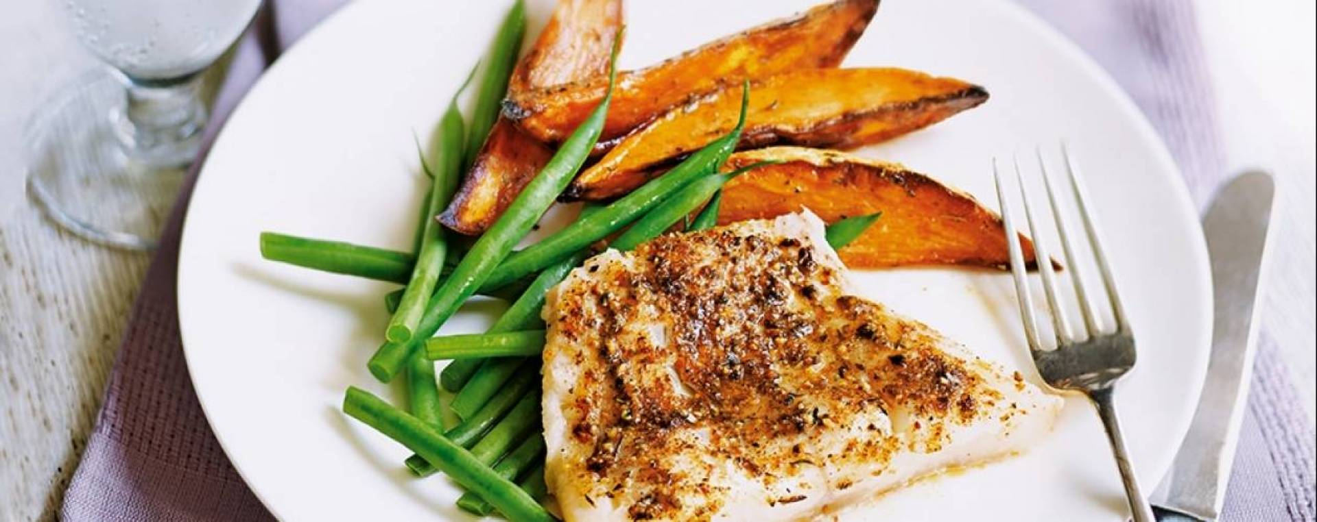 Macro Meal: Cajun Cod & Texmex Sweet Potatoes  | Served with Green Beans