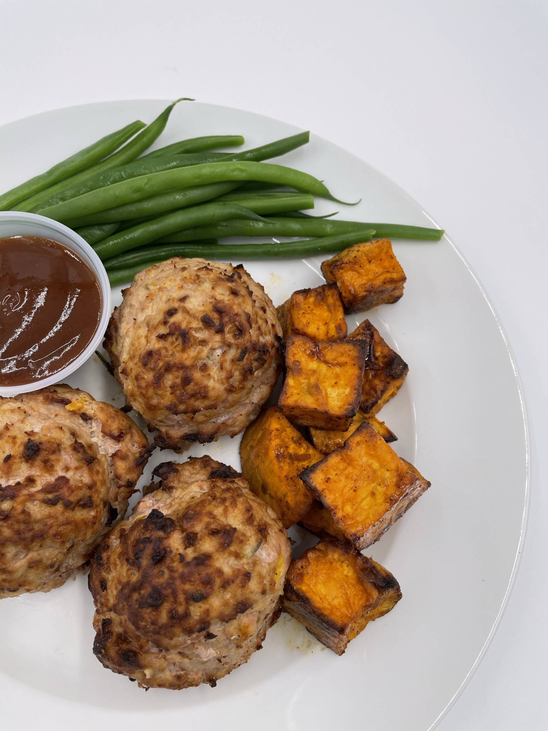 Macro Meal: Turkey Meatballs | Served with Texmex Sweet Potatoes & Green Beans