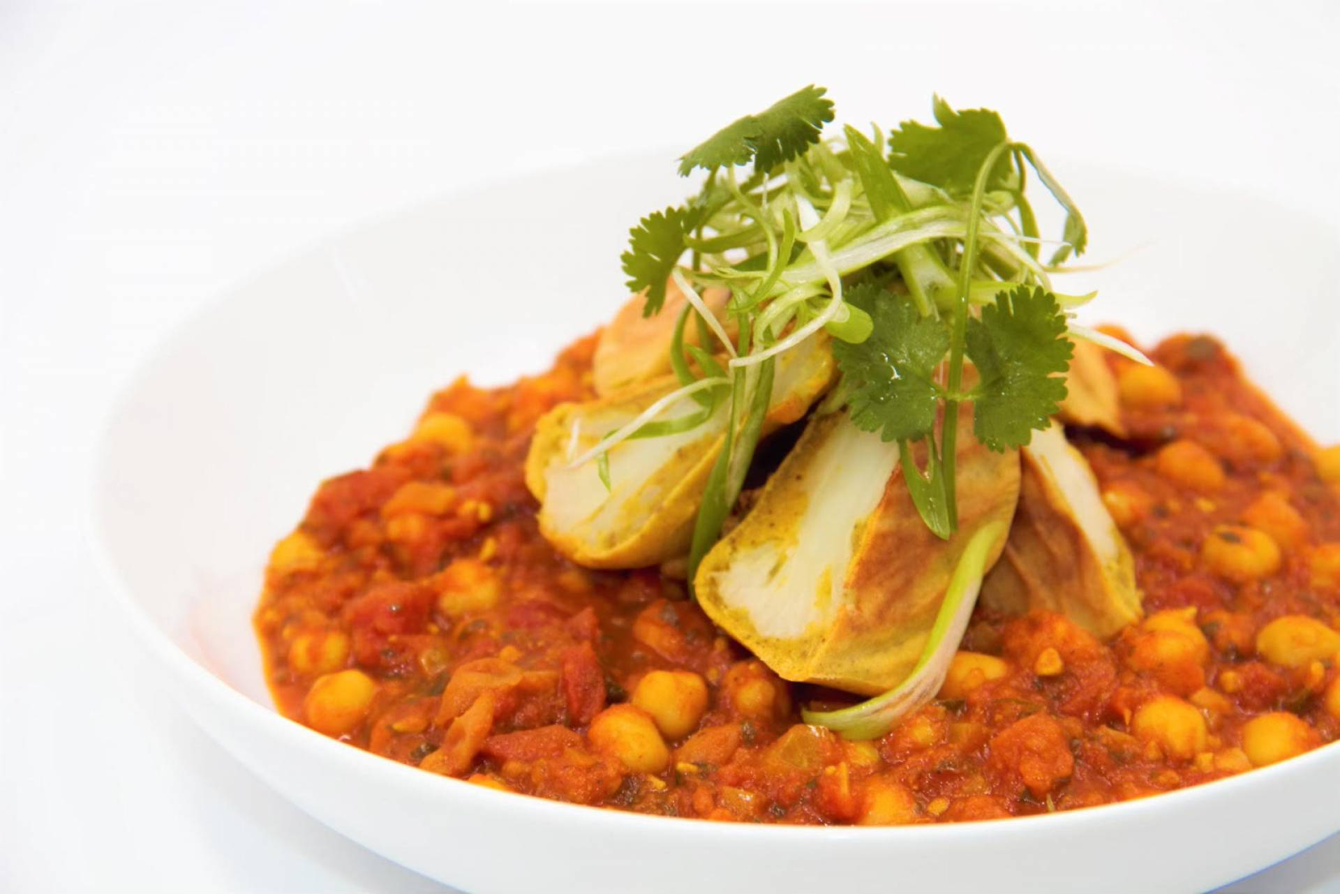 Chickpea Curry | Served with Baked Cauliflower Pakoras
